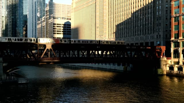 chicago river - chicago 'l' stock videos & royalty-free footage