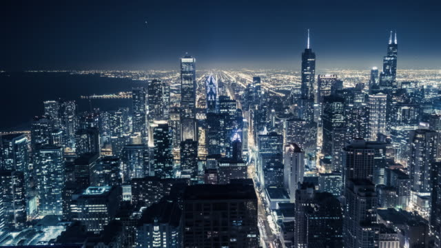 t/l ws ha chicago skyline at night - willis tower stock videos & royalty-free footage