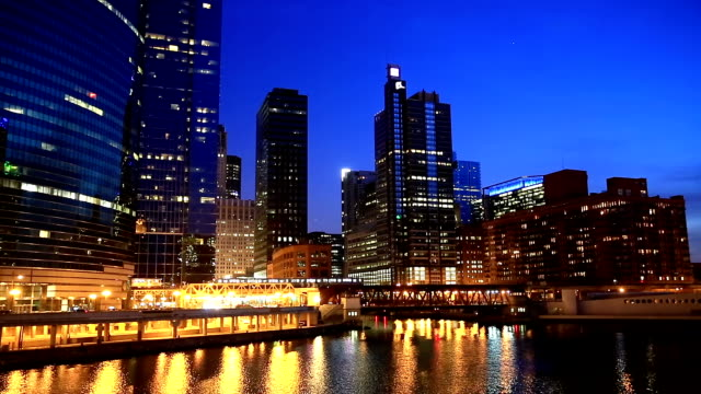 hd: chicago skyline cityscape along the river usa - chicago loop stock videos and b-roll footage