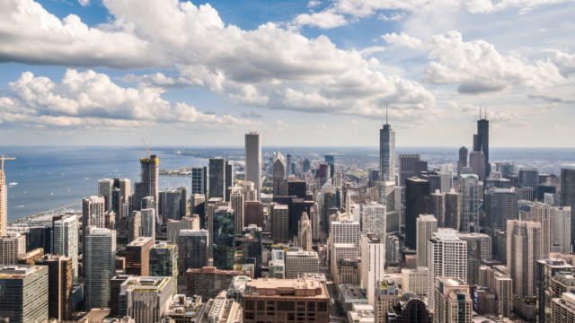 T/L WS HA ZO Chicago skyline with moving clouds / Chicago, USA