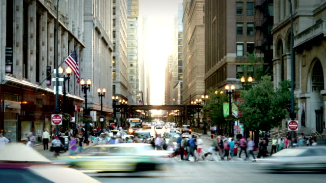 chicago street - zeitraffer fast motion stock-videos und b-roll-filmmaterial