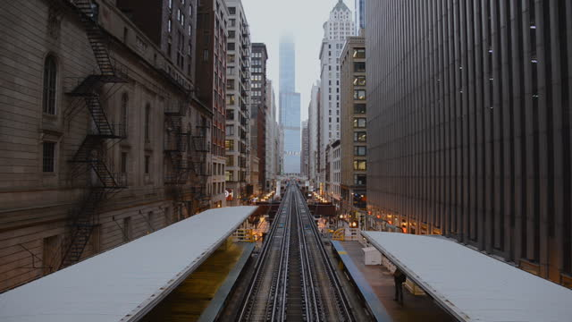 chicago subway train / chicago, illinois - chicago 'l' stock videos & royalty-free footage