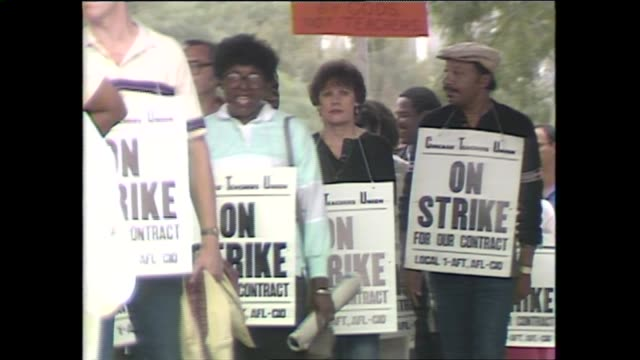 vídeos de stock, filmes e b-roll de chicago teachers went on strike for the first time in 25 years causing over 500 schools to close and over 40,000 students without class on september... - 1987