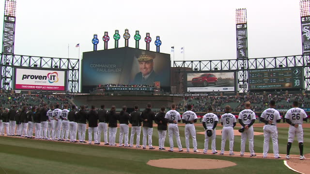 wgn chicago white sox before start of home opener at guaranteed rate field on april 5 2018 the sox honored the memory and sacrifice of slain cpd... - baseballmannschaft stock-videos und b-roll-filmmaterial