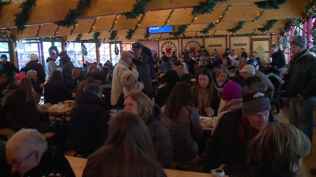 wgn chicago's christkindlmarket at daley plaza on it opening weekend on nov 19 2016 - german culture stock videos & royalty-free footage