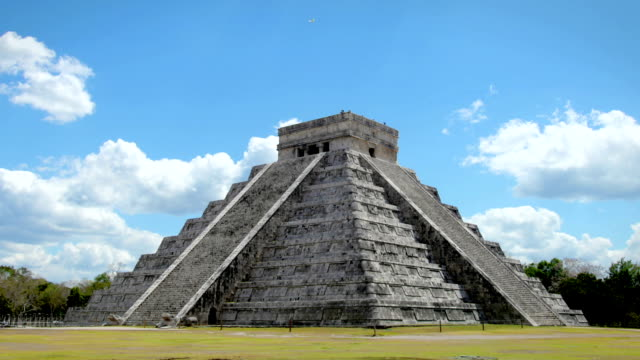 chichen itza, mexico - old ruin stock videos & royalty-free footage