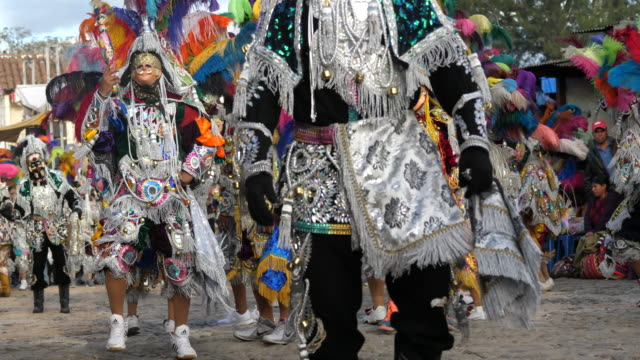 chichicastenango, festival of santo tomás – chichicastenango, guatemala. - maya kultur stock-videos und b-roll-filmmaterial