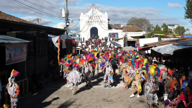 chichicastenango, festival of santo tomás – chichicastenango, guatemala. - traditional dancing stock videos and b-roll footage