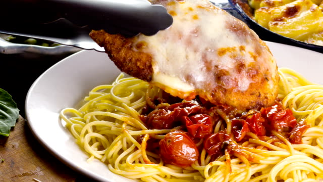 chicken parmesan - parmesan stock videos & royalty-free footage