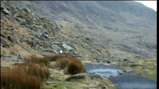 investigation continues 1132008 wales snowdonia mountain where todd's body was found ambulance along road night ends - snowdonia video stock e b–roll