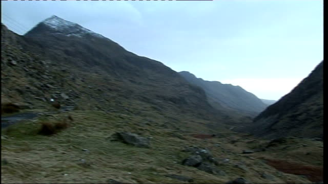 chief constable michael todd found dead in snowdonia wales snowdonia mountain where todd's body was found emergency vehicle along - snowdonia video stock e b–roll