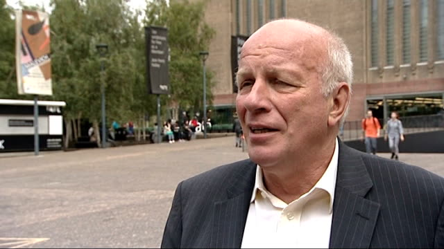 fa chief slams attacks made on blog set up by qatari pr firm ext greg dyke interview sot football fans are perfectly entitled to do a blog and have a... - greg dyke stock videos and b-roll footage