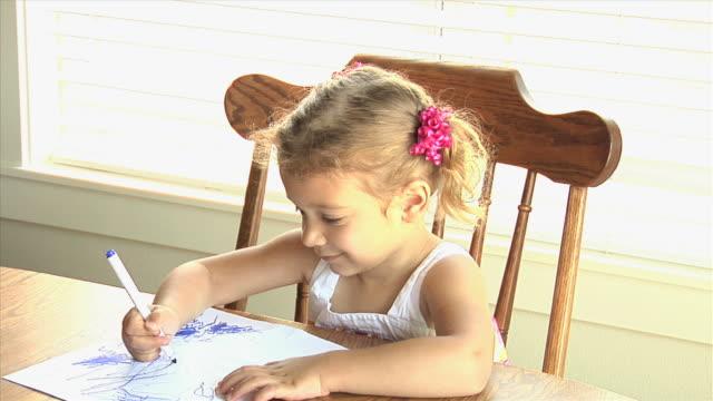 kind zeichnung - haarzopf stock-videos und b-roll-filmmaterial