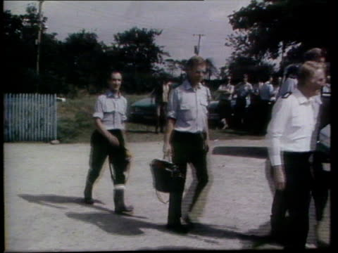 child killer questioned over other murders; wtv ext/1978 devon lms police investigators along l-r at scene of genette tate's disappearance tms tate's... - murder stock videos & royalty-free footage