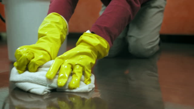hd: child scrubbing the floor - scrubbing stock videos & royalty-free footage