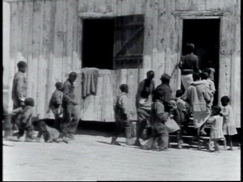 1940 ws children going into rural school / alabama, united states - teilnehmen stock-videos und b-roll-filmmaterial
