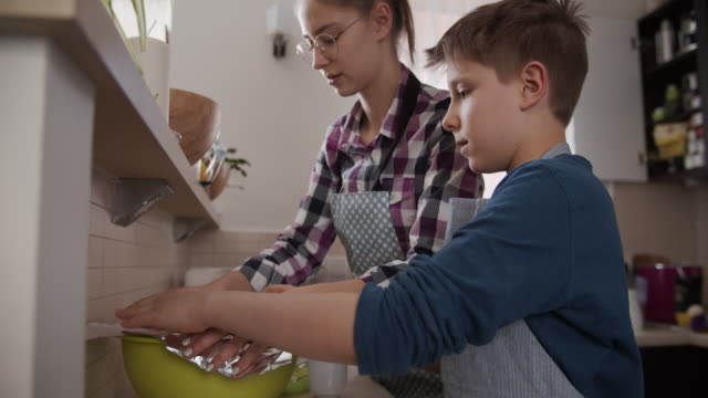 children making yeast cake - aluminium stock videos & royalty-free footage