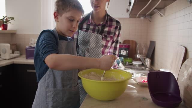 children making yeast cake - sister stock videos & royalty-free footage