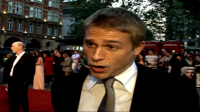 'children of men' film premiere charlie hunman interview sot not saying what the part was that i turned down to in this film it was a very big studio... - a trip to the planets filmtitel stock-videos und b-roll-filmmaterial
