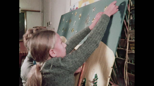 children work on a nativity scene, 1970s - star shape stock videos & royalty-free footage