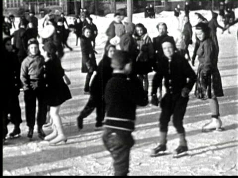 B/W Childrens skating in snow, Ottawa, Canada / AUDIO