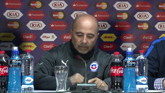 Chilean coach Jorge Sampaoli stood behind his decision to let football star Arturo Vidal remain on the national team after the Juventus midfielder...