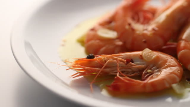 CU PAN Chili prawns on serving plate / London, United Kingdom