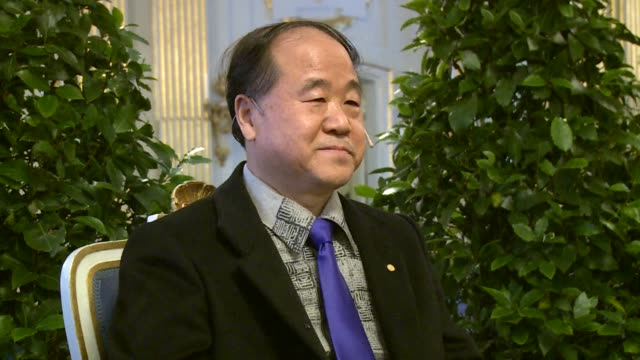 chinas nobel prize winning writer mo yan on thursday stood by his call for the release of jailed compatriot and nobel peace prize laureate liu xiaobo... - literatur stock-videos und b-roll-filmmaterial