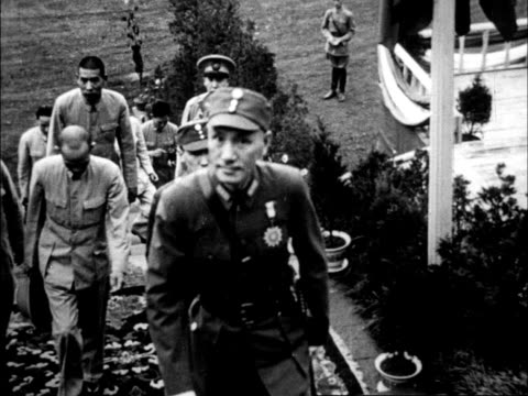 stockvideo's en b-roll-footage met chinese army officers and the city of chungking resisting japanese military attack / chiang kaishek - chiang kai shek