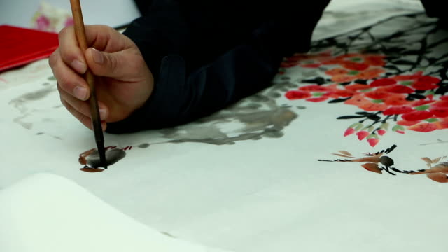 Chinesische Künstler Zeichnung traditionelle chinesische Malerei und Pinsel, Echtzeit.