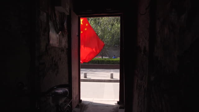 chinese communist party slogans around beijing before the start of the national congress - 2017 stock-videos und b-roll-filmmaterial
