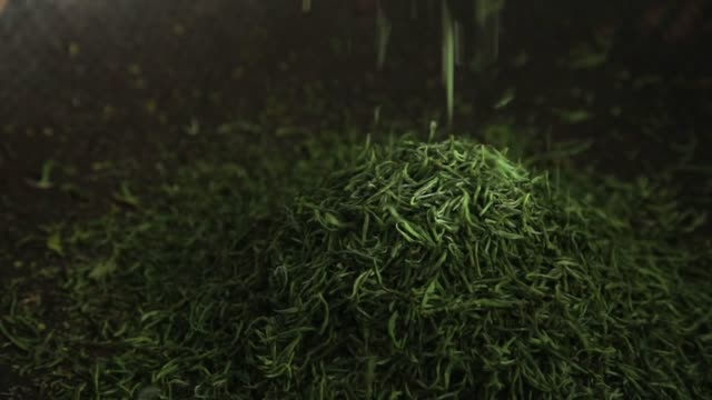chinese green tea making process - tea crop stock videos & royalty-free footage