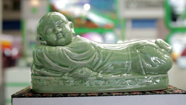 cu chinese porcelain in fairs /xi'an, shaanxi, china - porcelain stock videos & royalty-free footage