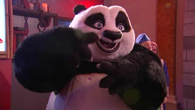 Chinese President signs nuclear power plant deal during state visit ENGLAND London Lancaster House INT Man dressed as Kung Fu Panda character...
