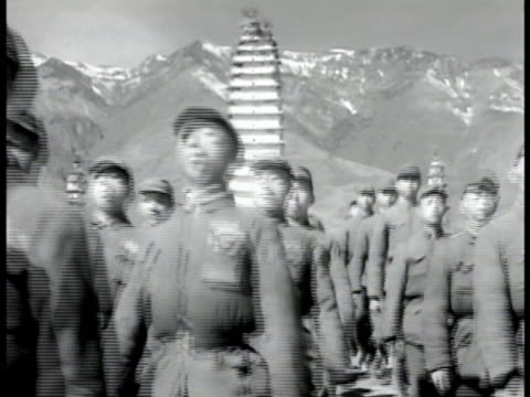 chinese soldiers marching down frame, pagoda temple & mountains bg. many marching chinese soldiers. soldiers marching through frame. soldier standing... - taiwan stock videos & royalty-free footage