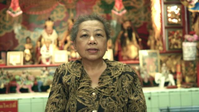 中国寺院: 神に助けを求めてください。 - 懺悔点の映像素材/bロール