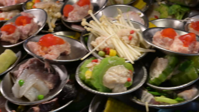 chinese traditional food, steamed dim sum, yum cha in bamboo tray - oriental culture stock videos & royalty-free footage