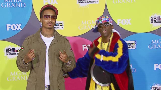 chingy and flavor flav at the 2006 billboard music awards at the mgm grand hotel in las vegas nevada on december 4 2006 - mgm grand las vegas stock videos & royalty-free footage