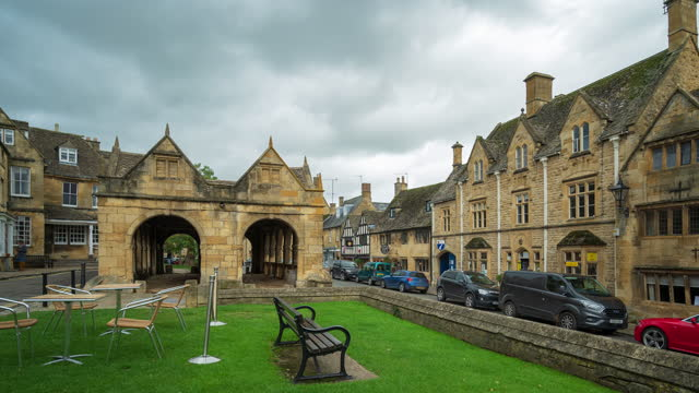 chipping campden high street in the cotswold district, gloucestershire, england - 4k time-lapse - cotswolds stock videos & royalty-free footage