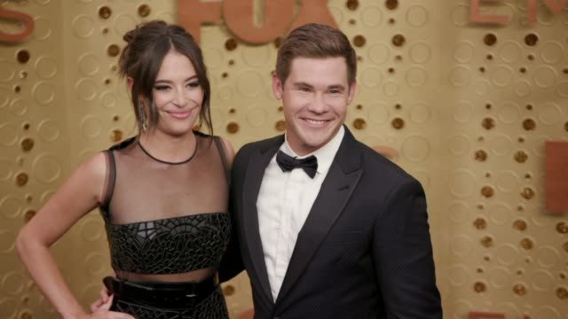 vídeos de stock e filmes b-roll de chloe bridges and adam devine at the 71st emmy awards arrivals at microsoft theater on september 22 2019 in los angeles california - translúcido