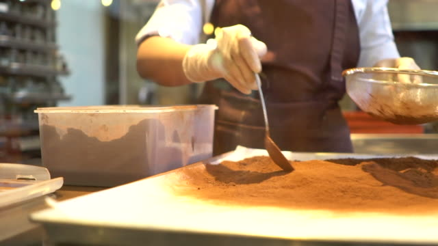 chocolate factory - preparazione video stock e b–roll
