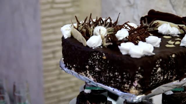 Schokoladen-Hochzeitstorte