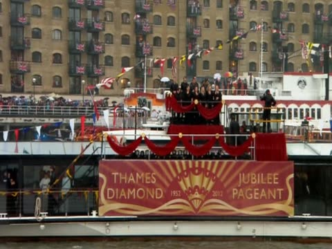 choir stands in boat for the thames diamond jubilee pageant - beauty contest stock videos and b-roll footage