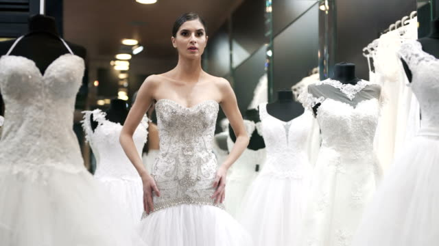 Choosing Her Perfect Wedding Dress
