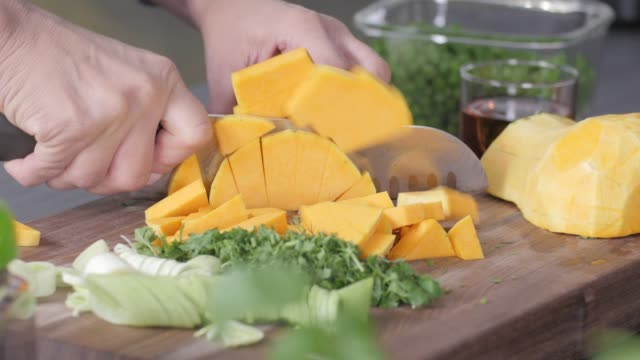 raw food. chop vegetables.healthy food. colorful cuisine - cucina mediterranea video stock e b–roll