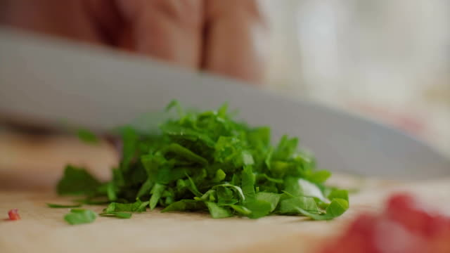 chopping spinach - chopping stock videos & royalty-free footage