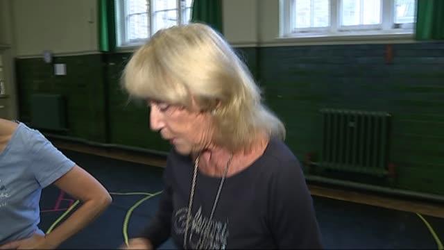 choreographer dame gillian lynne dies aged 92; lib / 7.11.2014 england: london: int england: london: int various of choreographer dame gillian lynne... - revival stock videos & royalty-free footage