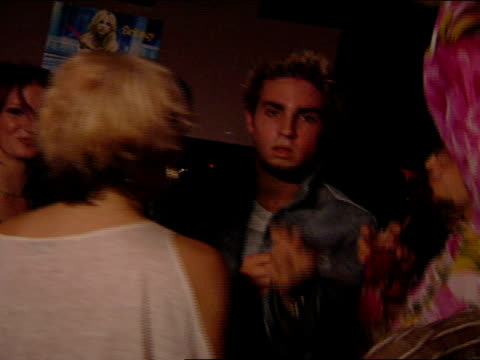 choreographers brian friedman wade robson conversing and dancing in group wade moves toward camera points into lens and does dance moves - wade robson stock-videos und b-roll-filmmaterial