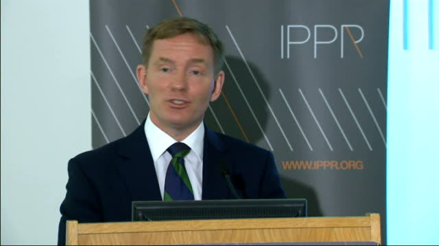 stockvideo's en b-roll-footage met chris bryant speech on immigration bryant speech sot the biggest complaint i have heard though from migrants and settled communities alike is about... - number 9