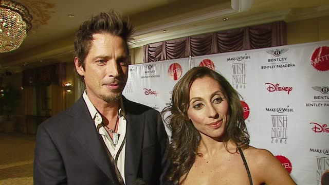 chris cornell on make-a-wish, a personal wish that came true, the new james bond movie at the make-a-wish foundation's wish night 2006 at the beverly... - beverly hills hotel stock videos & royalty-free footage